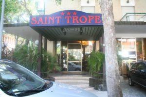 Esterno ingresso hotel saint tropez